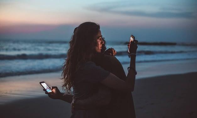 Media społecznościowe – zbliżają nas czy oddalają od siebie?